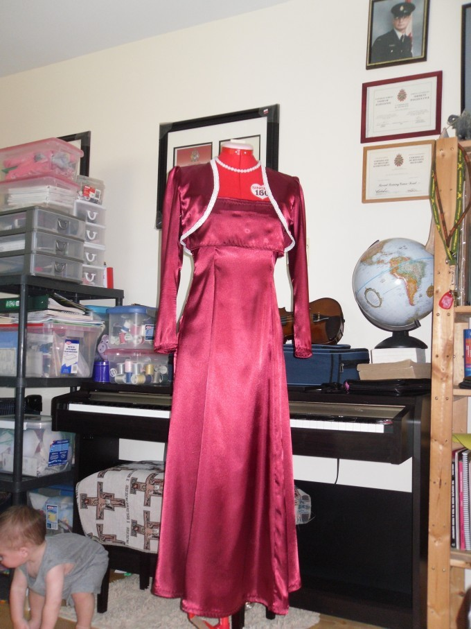 mom_final_project__red_dress_has_done_077.jpg