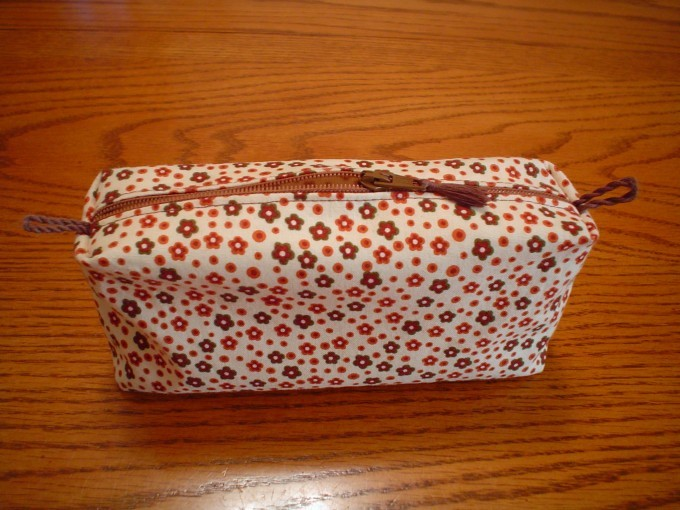 My makeup bag from Nehzat's pattern