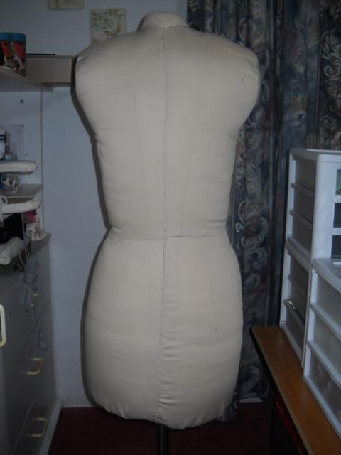 dress_form2.jpg