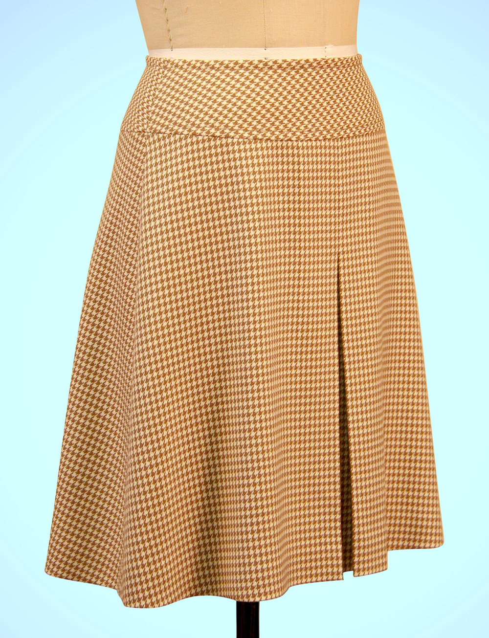 A-Line Skirt Sewing - Yoke   Center Front Box Pleat - Online ...